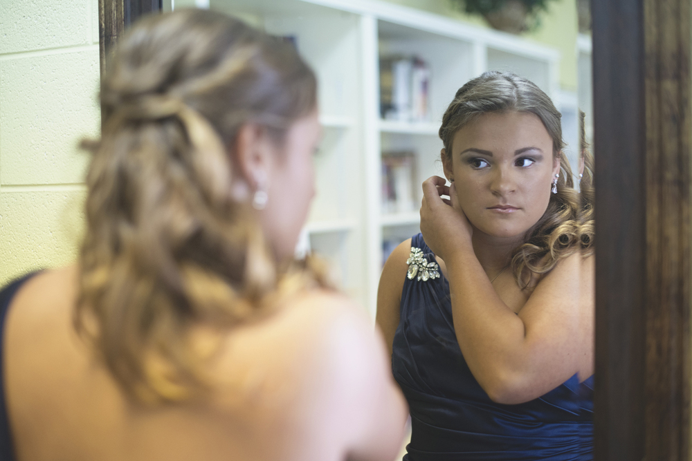Tabernacle UMC Wedding in Poquoson, Virginia |  Bridesmaids getting ready