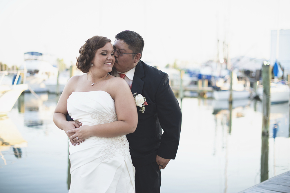 Crowne Plaza Hotel in Downtown Hampton | Bride & groom portraits