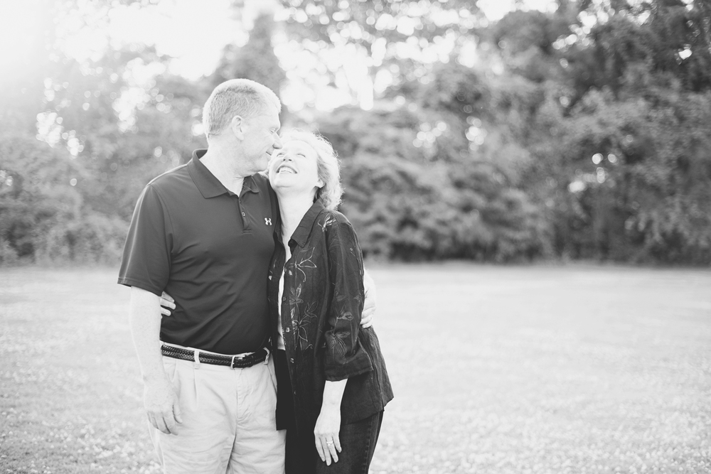 Sleepy Hole Park in Suffolk, Virginia | Anniversary   portraits