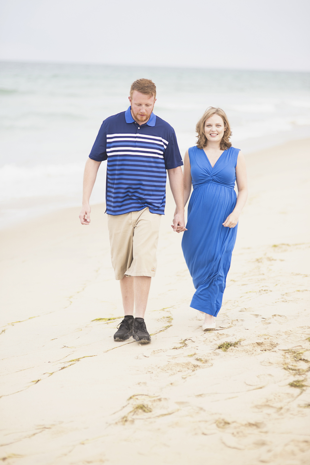 Outer Banks Maternity Portraits | Nags Head Maternity Pictures | Blue and khaki outfits