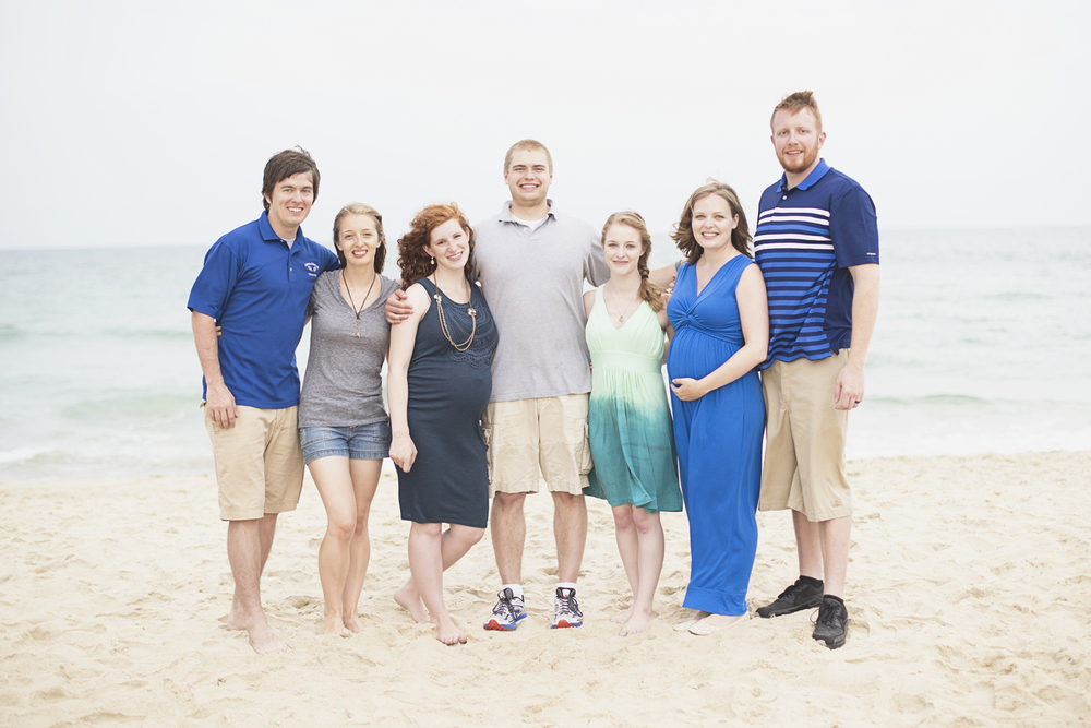 Outer Banks Family Portraits | Nags Head Family Pictures | Blue, gray, and khaki outfits