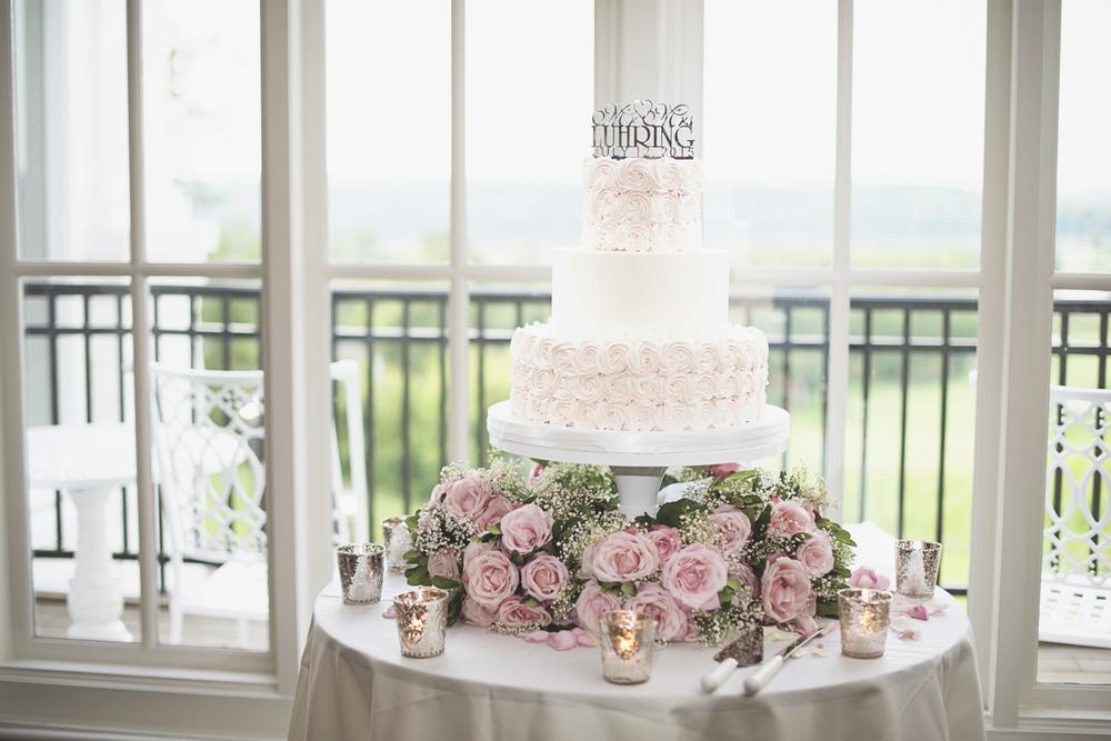 Trump National Golf Club Wedding | Washington, DC Wedding | Wedding reception | Blush pink rose wedding cake