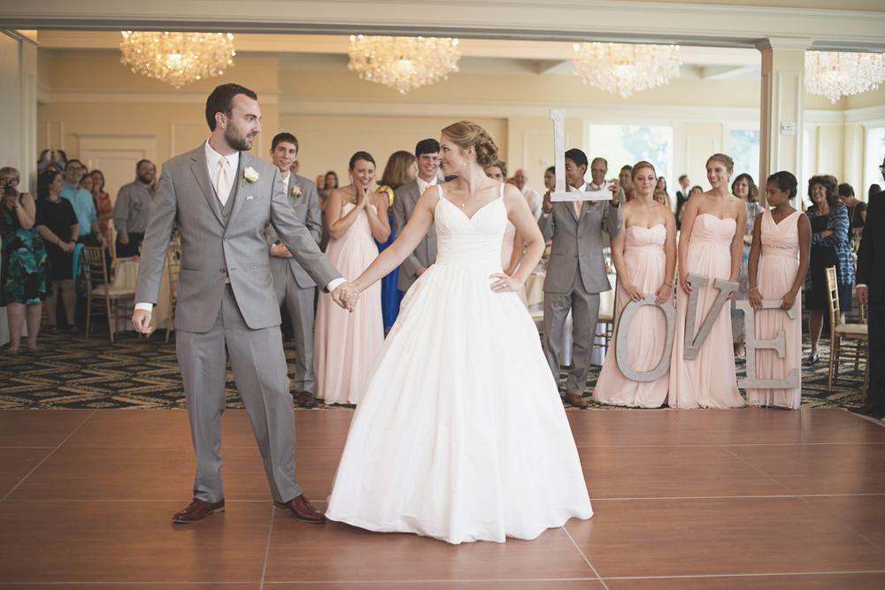 Trump National Golf Club Wedding | Washington, DC Wedding | Wedding reception | Bride & groom first dance