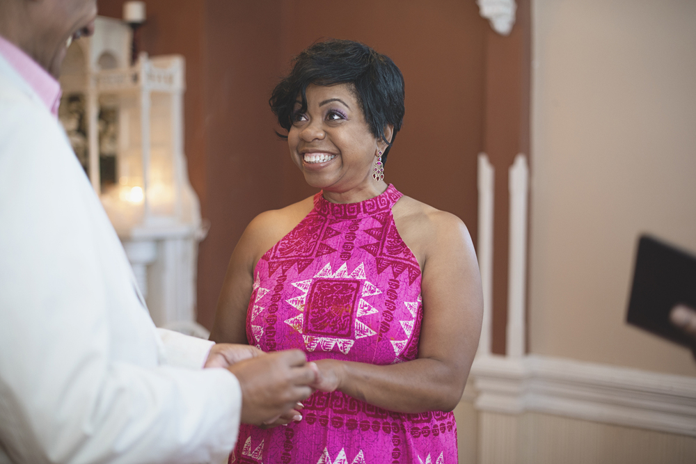 Magnolia House Inn Elopement | Hampton, Virginia Wedding Photographer | Intimate wedding ceremony