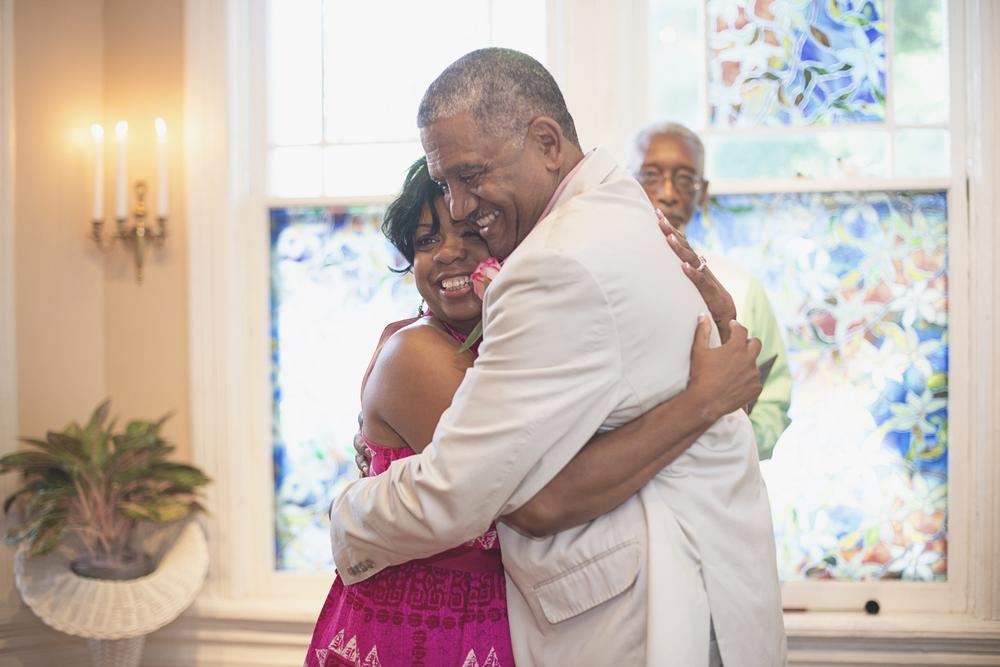 Magnolia House Inn Elopement | Hampton, Virginia Wedding Photographer | Intimate wedding ceremony
