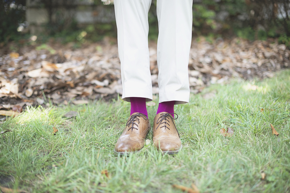 Magnolia House Inn Elopement | Hampton, Virginia Wedding Photographer | Groom wearing hot pink socks