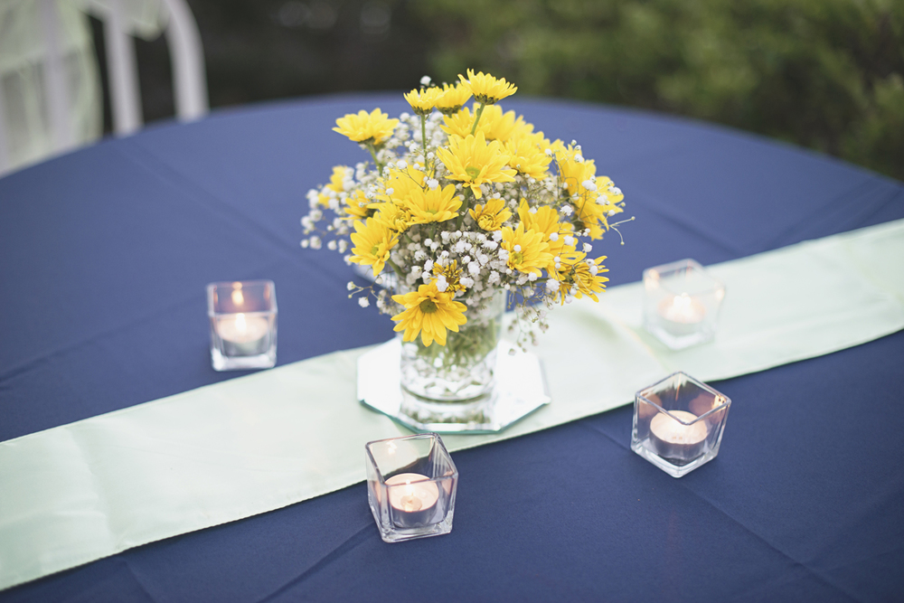 Confederate Hills Recreation Center Wedding | Richmond, Virginia Wedding | Yellow, blue, and seafoam green centerpiece