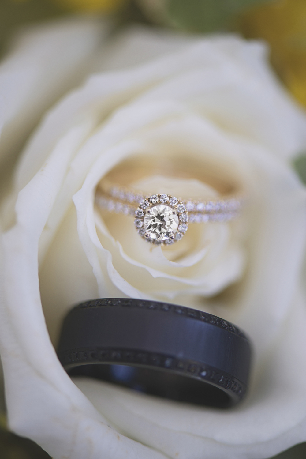 Confederate Hills Recreation Center Wedding | Richmond, Virginia Wedding | Rose gold and onyx wedding bands