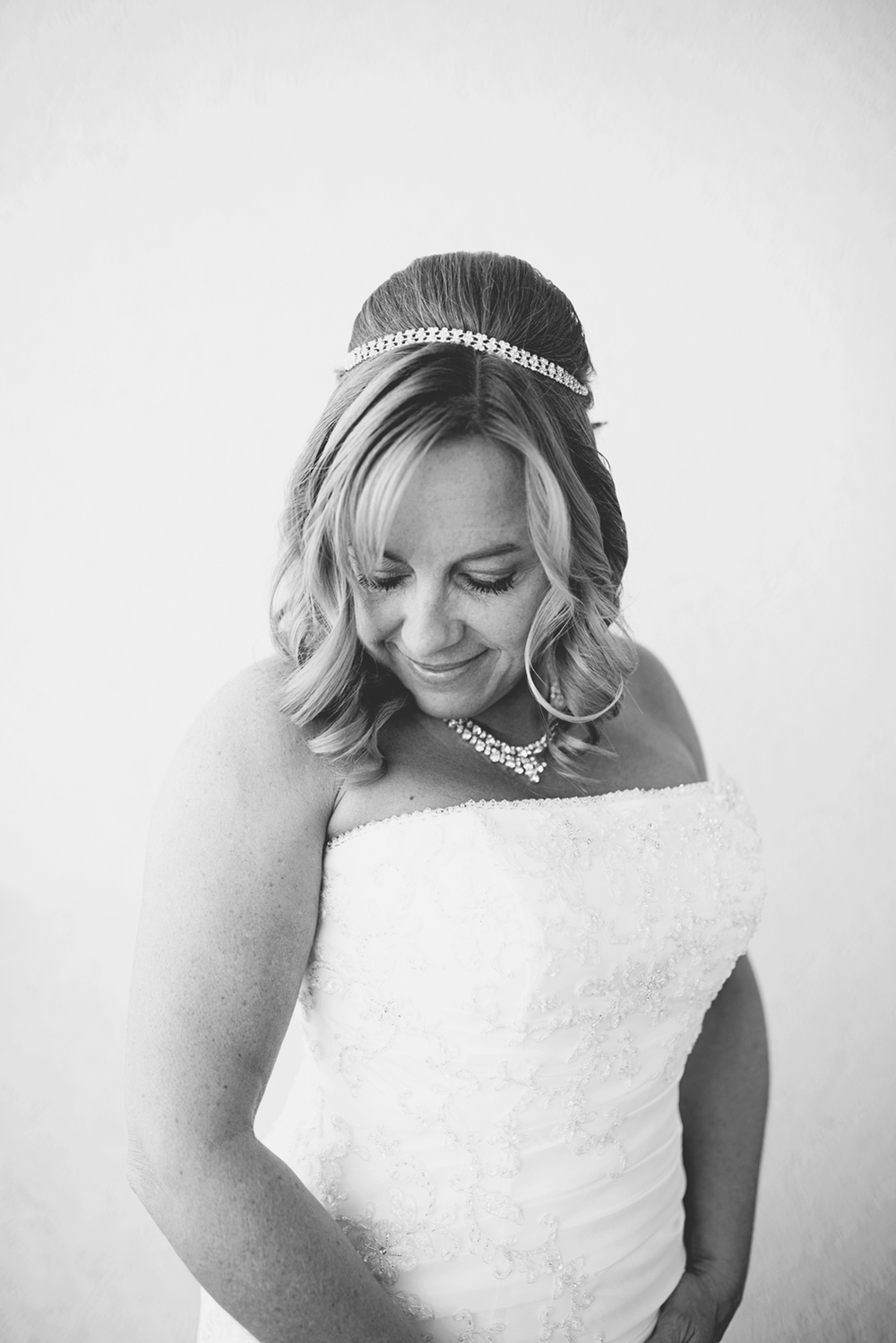 Virginia Beach Oceanfront Wedding | Bridal portrait