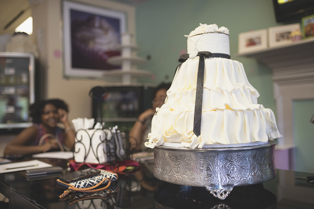 Hampton Roads DIY Bride Workshop | Fondant wedding dress cake