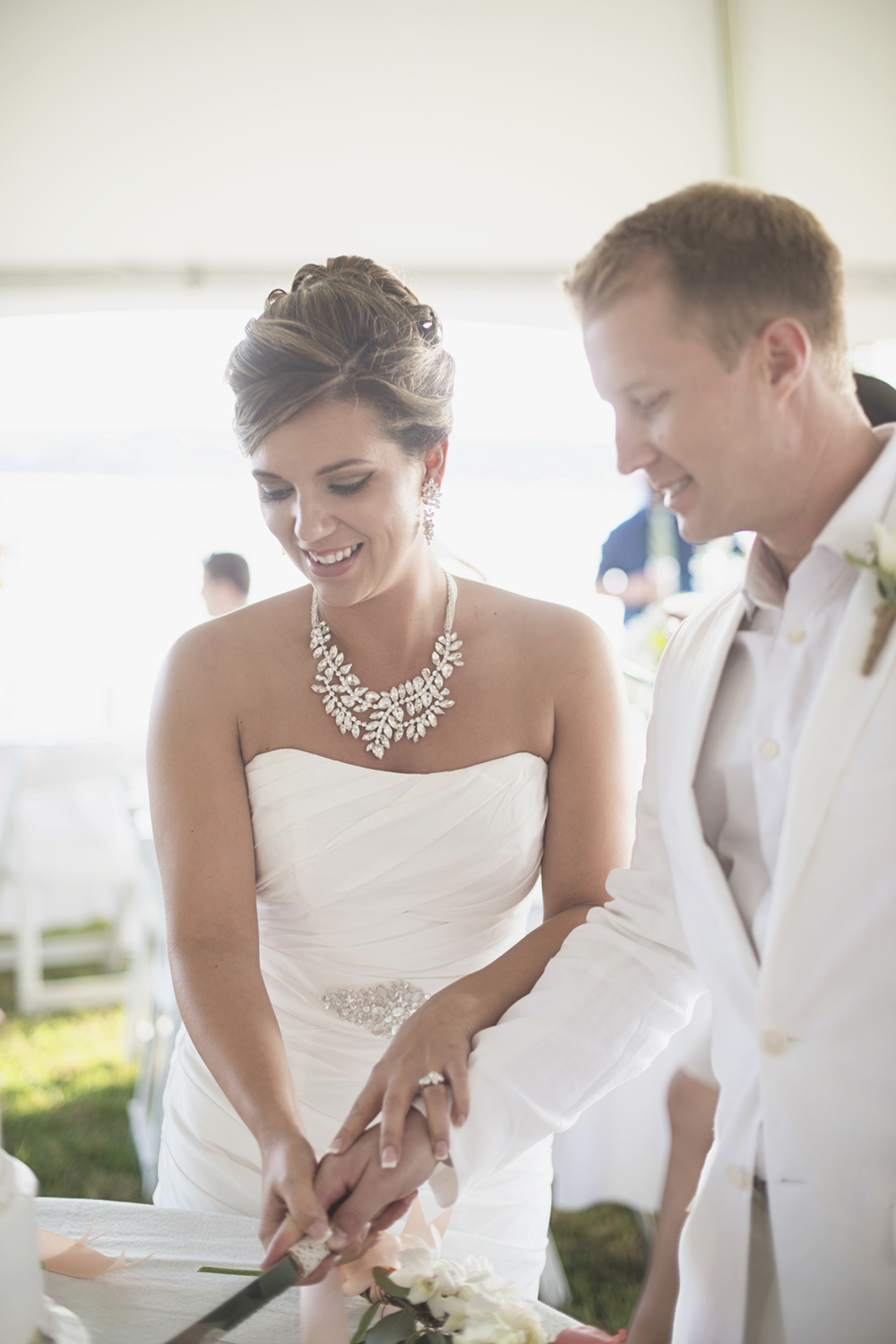 Charles City Wedding | Williamsburg Wedding Photographer | Pink seashell wedding reception