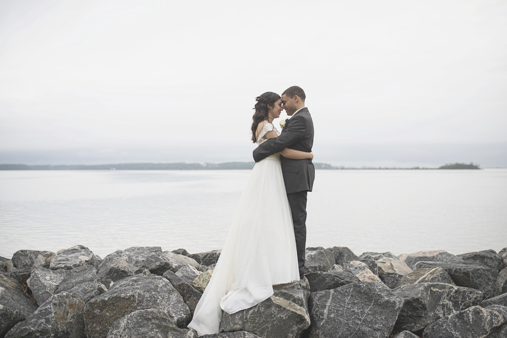 Hampton, Virginia Fall Wedding | Bride and groom portraits