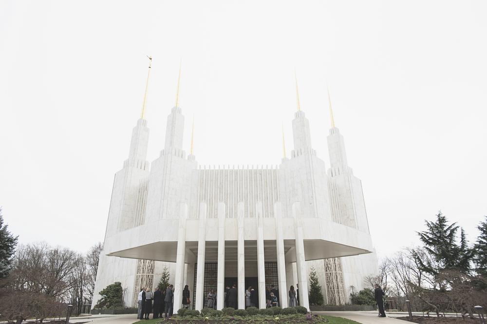 LDS Temple Mormon Winter Wedding | Mormon temple ceremony