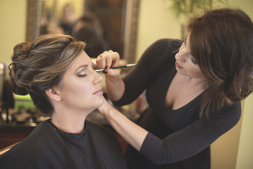 The Wedding Timeline: Getting Ready