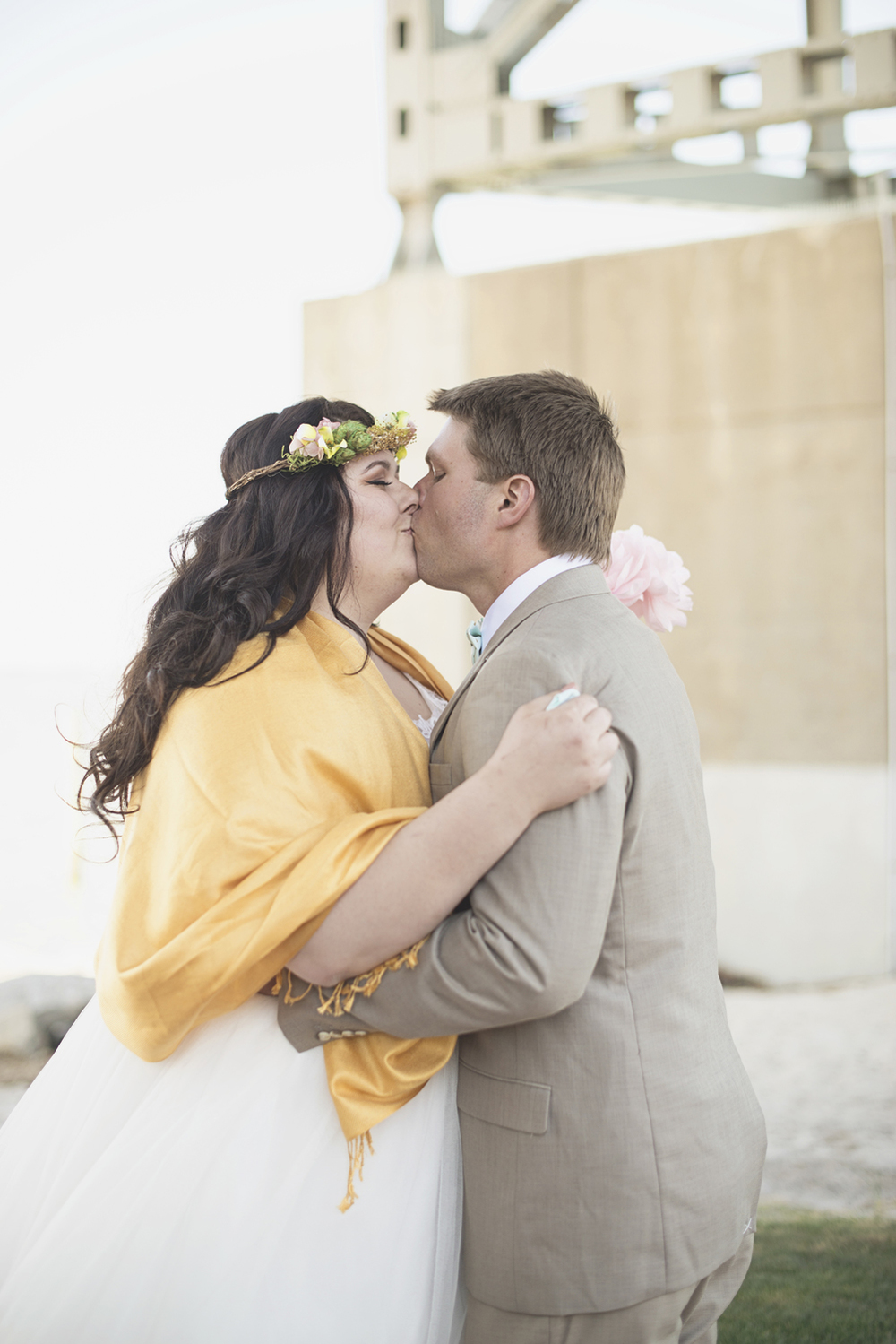 Blush, mint, and gold spring wedding | Yorktown, Virginia wedding | Bride and groom portraits