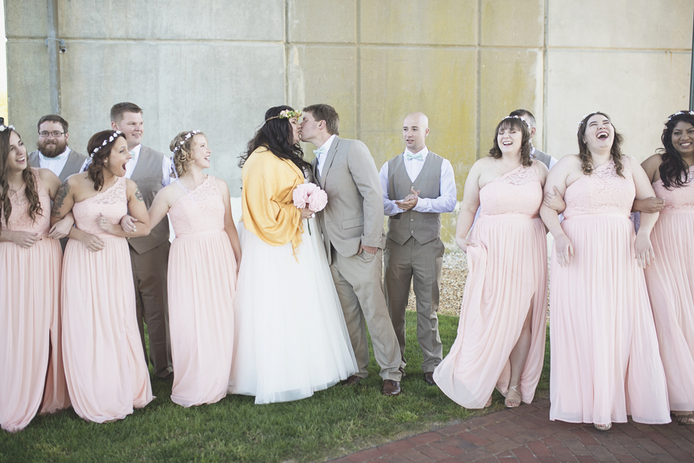 Blush, mint, and gold spring wedding | Yorktown, Virginia wedding | Bridal party portraits