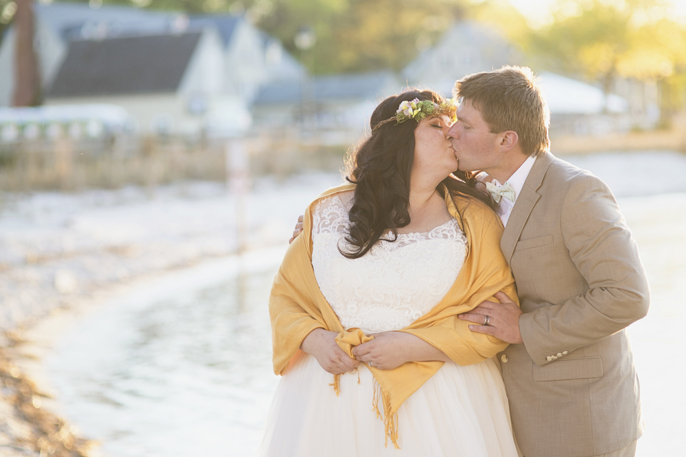 Blush, mint, and gold spring wedding | Yorktown, Virginia wedding | Bride and groom sunset portraits