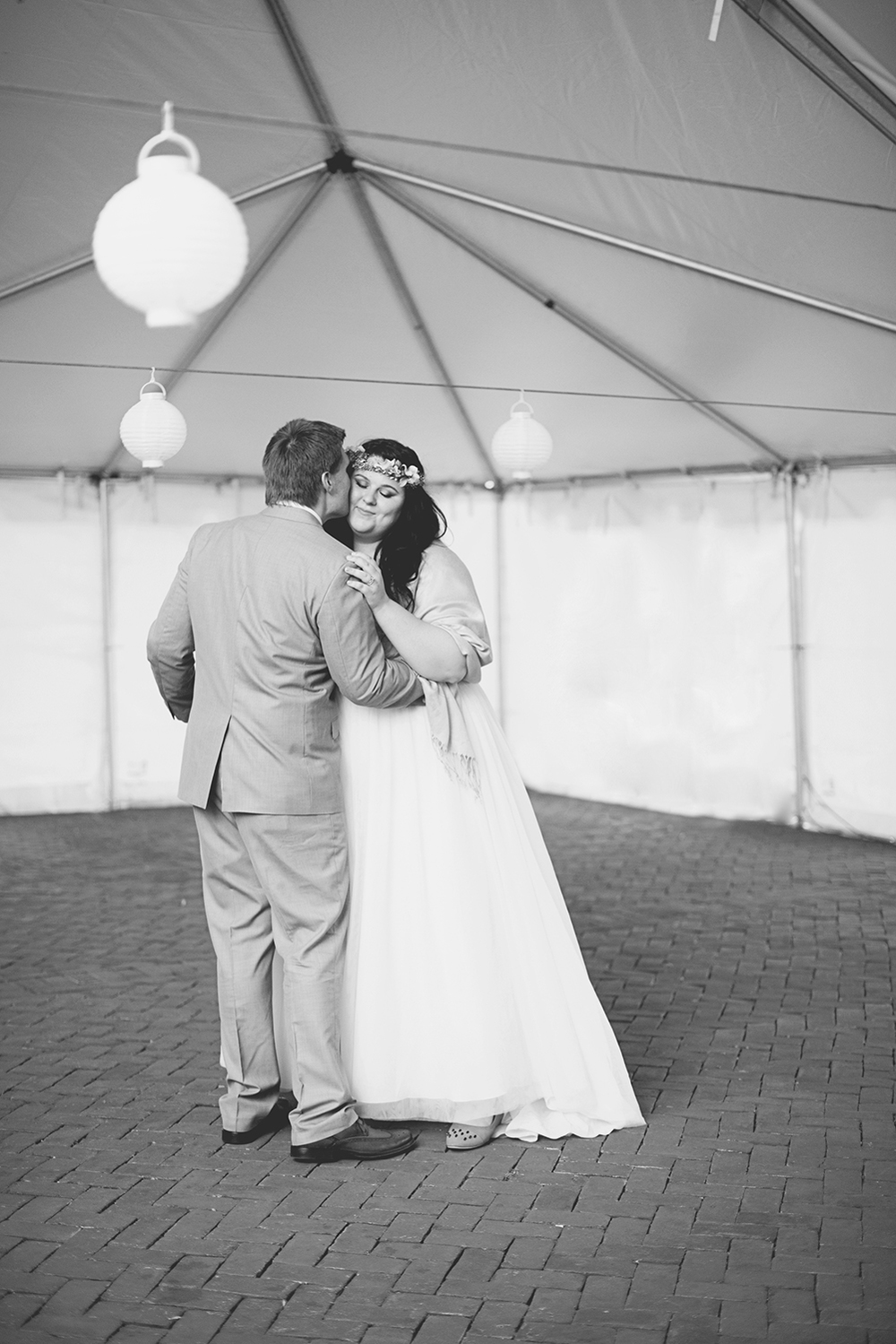 Blush, mint, and gold spring wedding | Yorktown, Virginia wedding | Bride and groom first dance