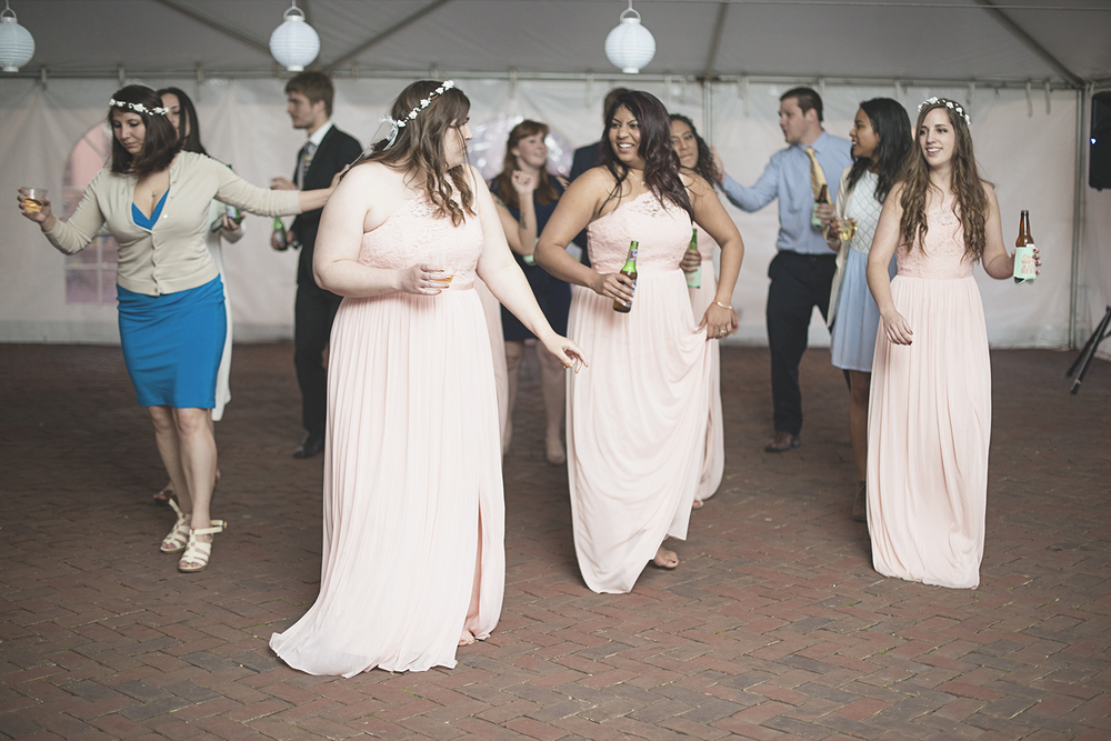 Blush, mint, and gold spring wedding | Yorktown, Virginia wedding | Maid of honor toast
