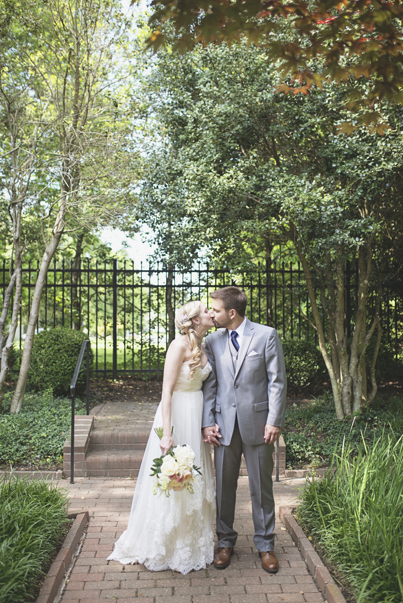 Classic vintage themed wedding | Navy, cream, and gray wedding in Richmond | Bride and groom first look