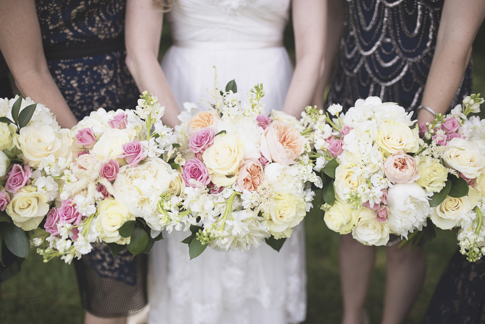 Classic vintage themed wedding | Navy, cream, and gray wedding in Richmond | Blush, white, and cream bridal bouquets