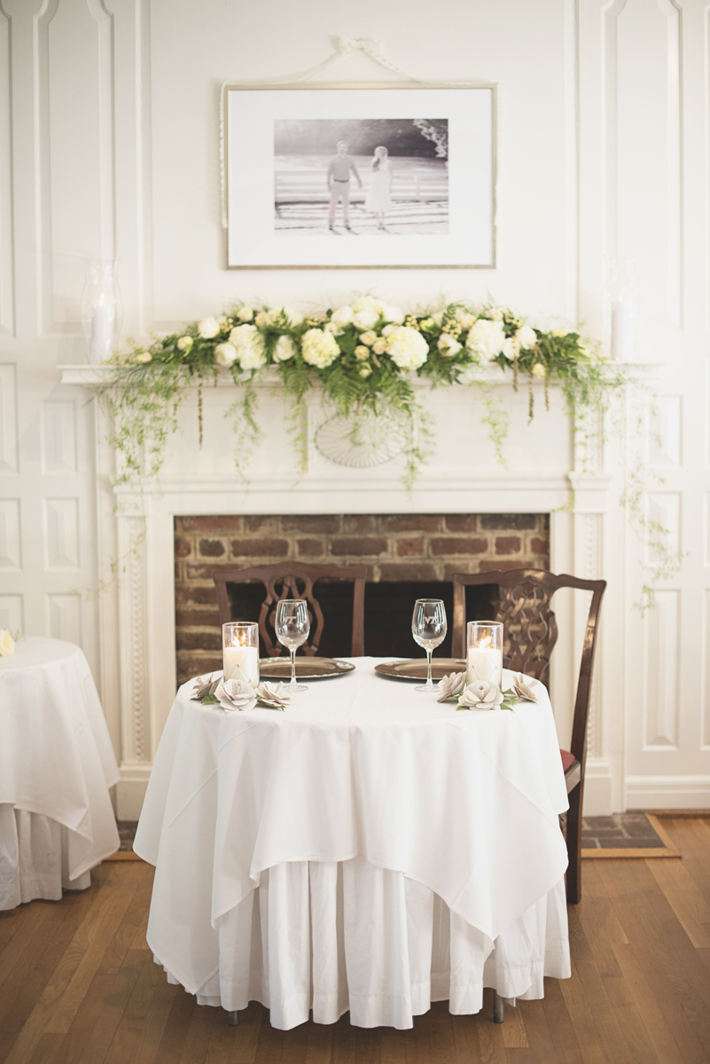 Classic vintage themed wedding | Navy, cream, and gray wedding in Richmond | Wedding reception sweetheart table