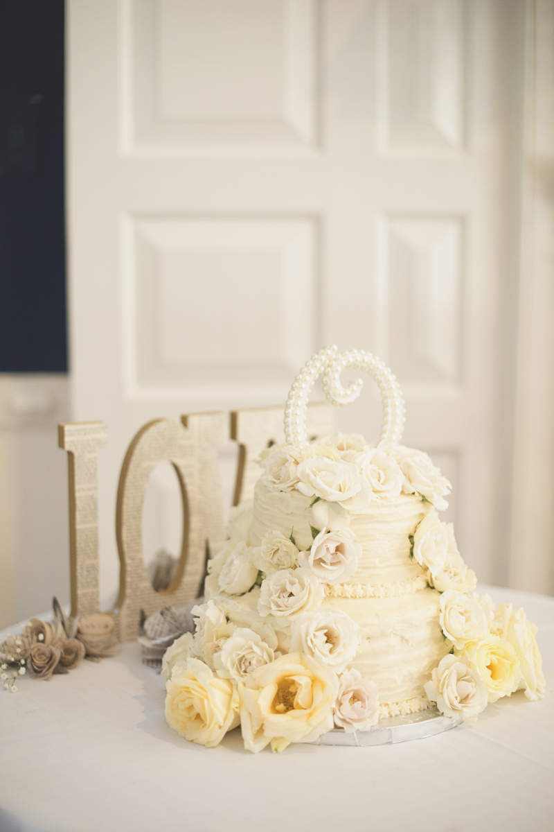 Classic vintage themed wedding | Navy, cream, and gray wedding in Richmond | Wedding reception