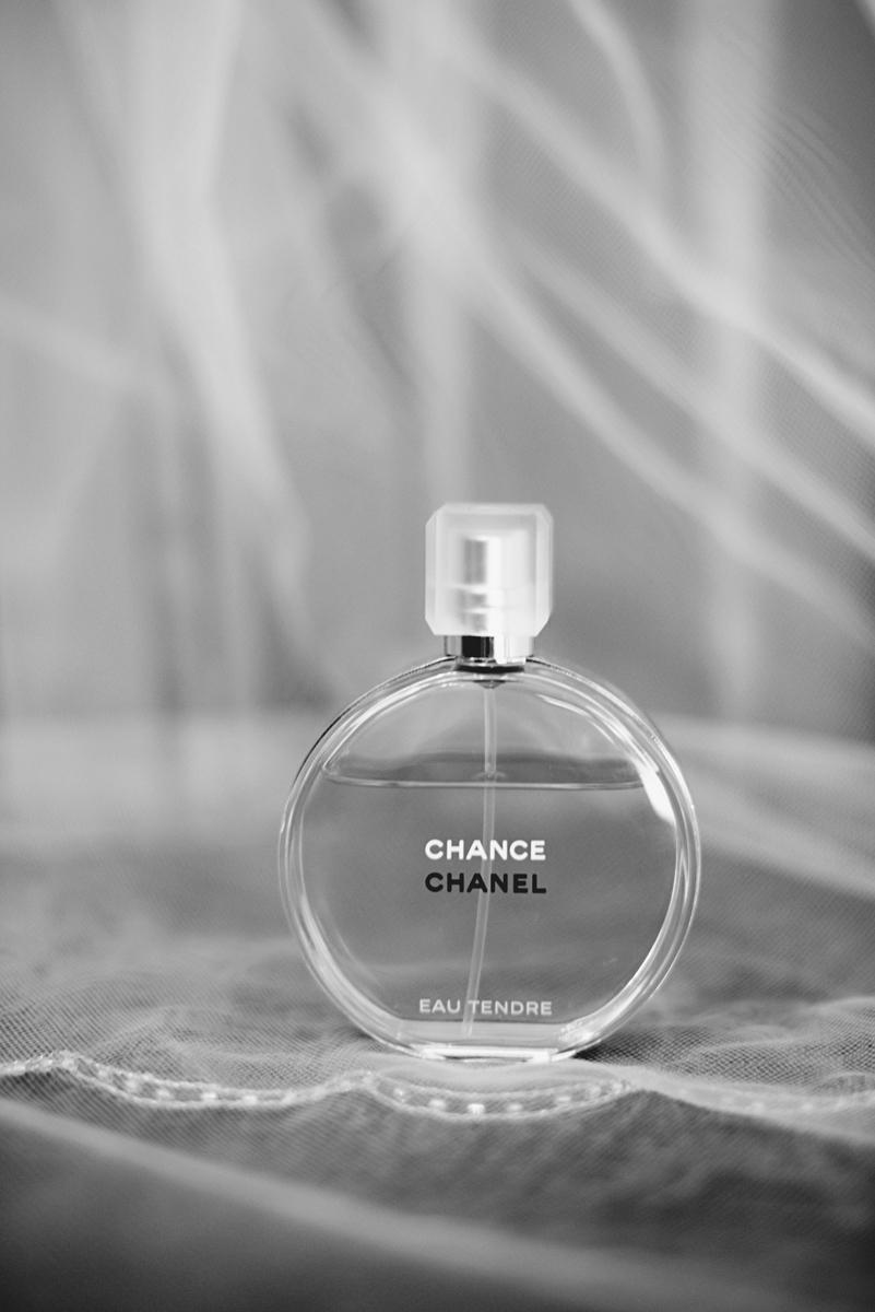 Elegant Lavender Plantation Elopement | Chanel perfume
