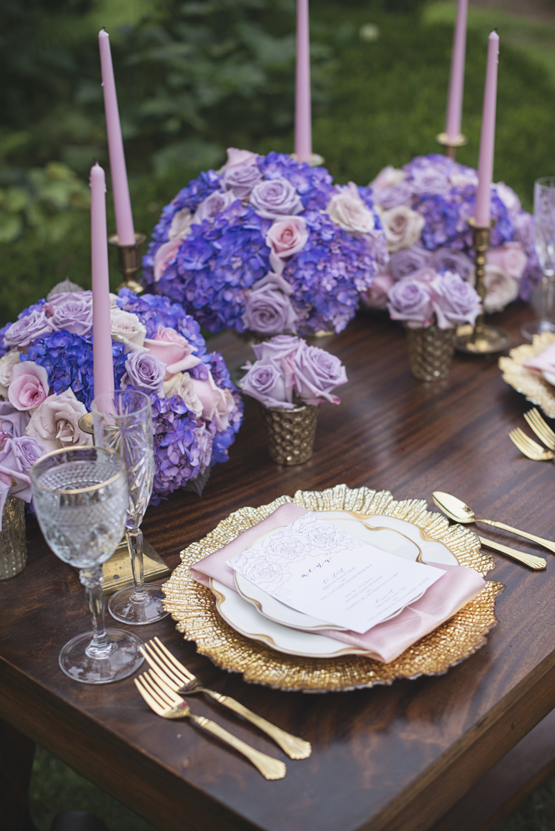 Elegant Lavender Plantation Elopement | Lush lavender and blush rose sweetheart table