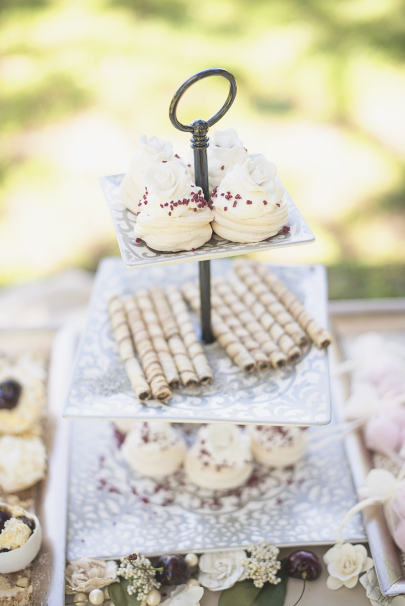 Elegant Southern Style Mansion Wedding | Gray and Lavender | Mini Cupcake Tier