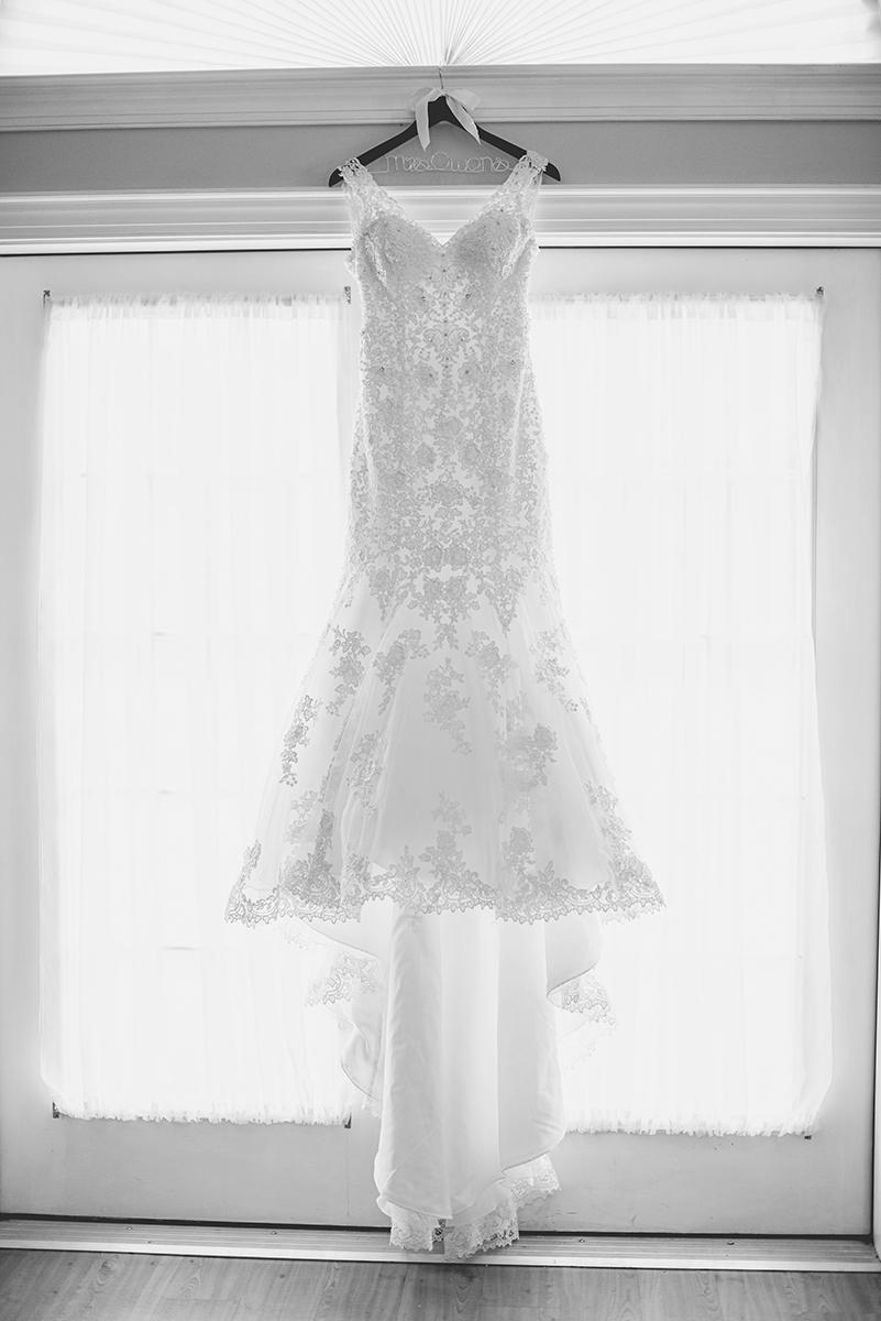 Nautical Navy Virginia Wedding | Navy Blue Wedding Colors | Wedding Dress