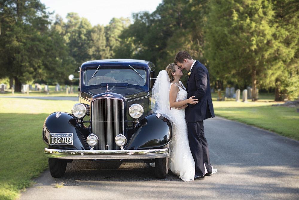 Nautical Navy Virginia Wedding | Navy Blue Wedding Colors | Vintage 1934 Pontiac Bride and Groom Portraits