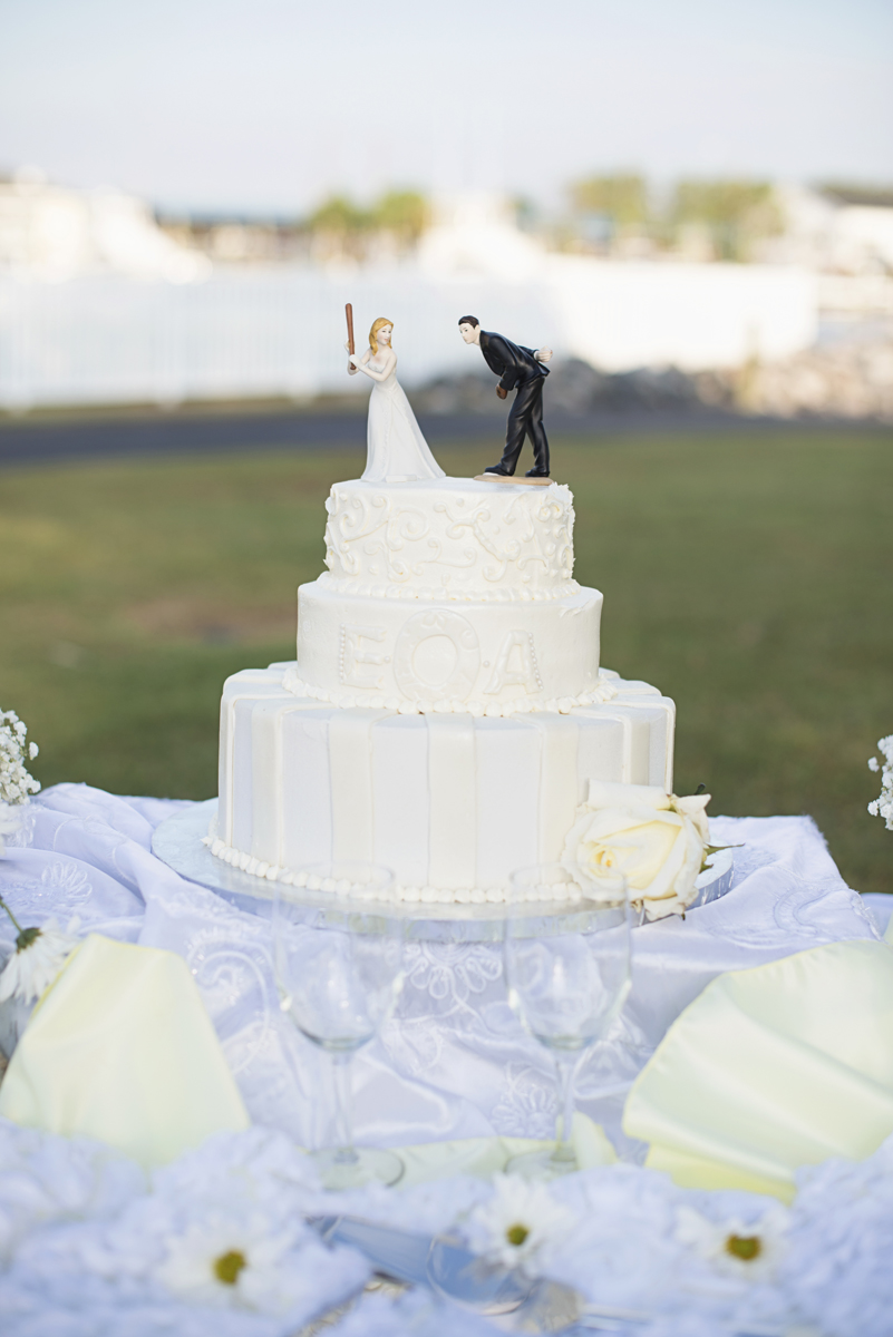 Nautical Navy Virginia Wedding   Navy Blue Wedding Colors   White wedding cake