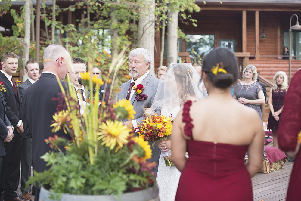 Adventures on the Gorge Destination Wedding | Maroon + Orange Wedding | Bride and father walking down aisle