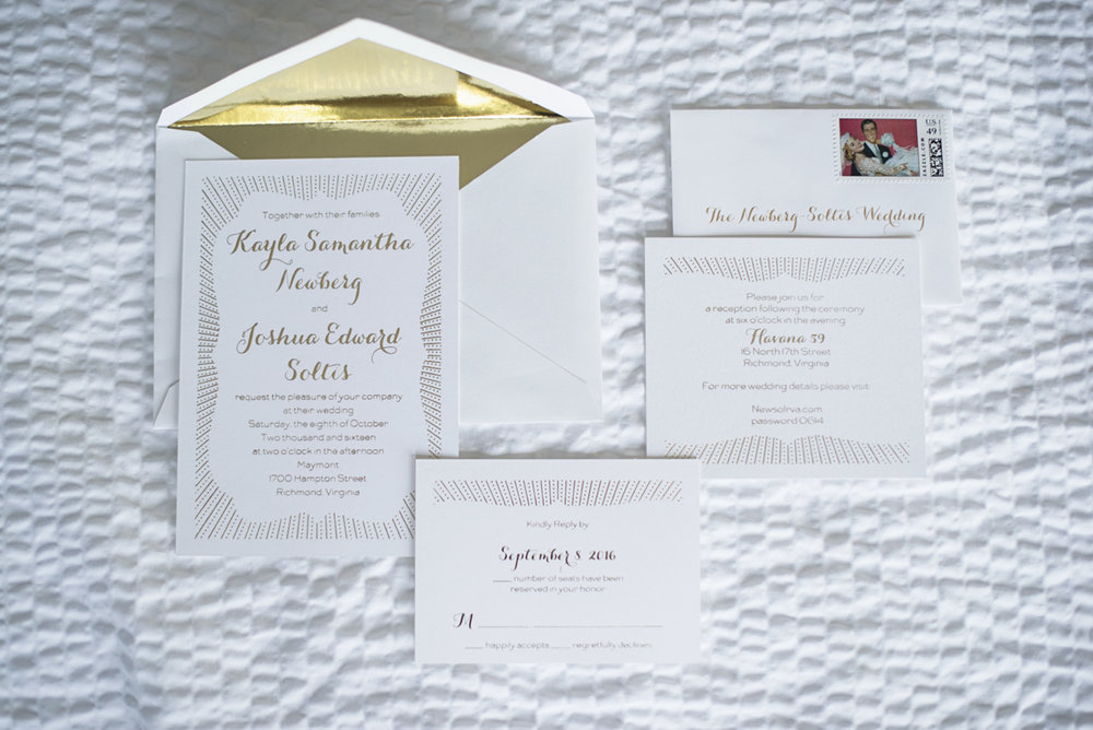 Teal, White, and Gold wedding | Richmond Virginia Wedding | White and gold wedding invitations