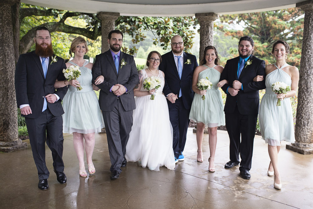 Teal, White, and Gold wedding | Richmond Virginia Wedding | Teal and navy bridal party