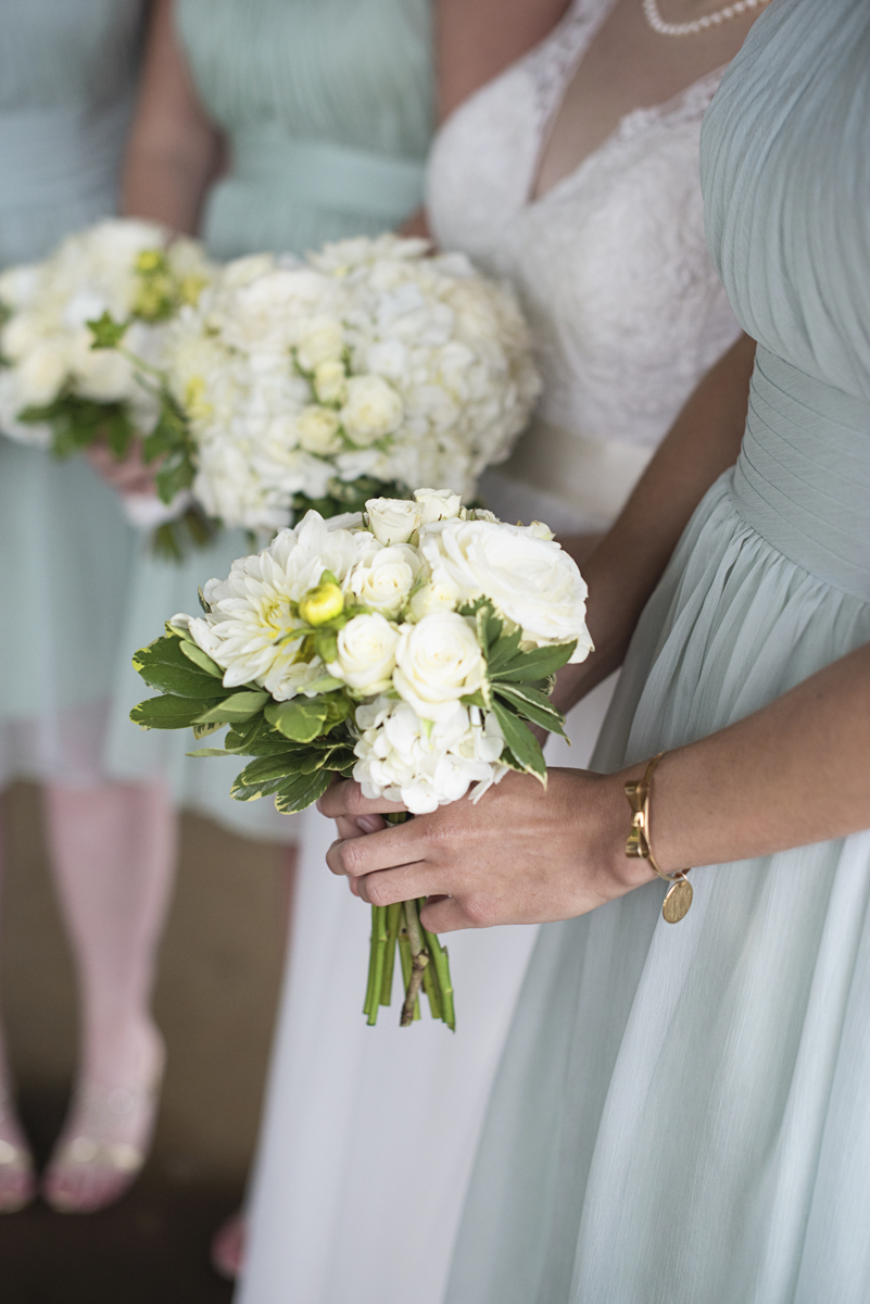 Teal, White, and Gold wedding | Richmond Virginia Wedding | White bridesmaid bouquet