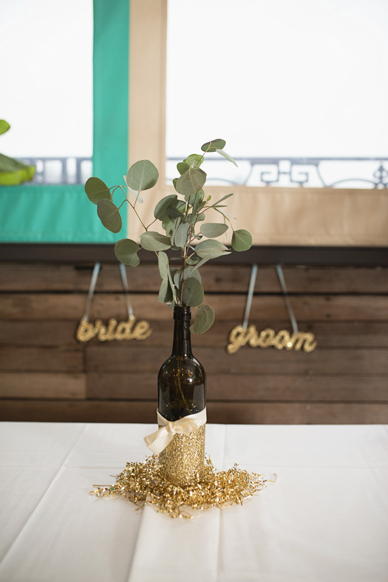 Teal, White, and Gold wedding | Richmond Virginia Wedding | Glitter gold reception centerpieces