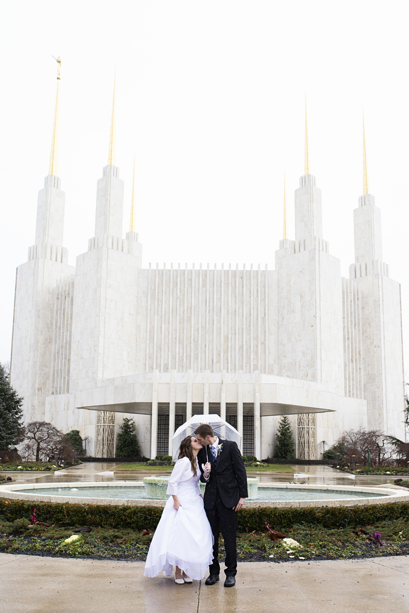 Washington DC LDS Temple Mormon Winter Wedding