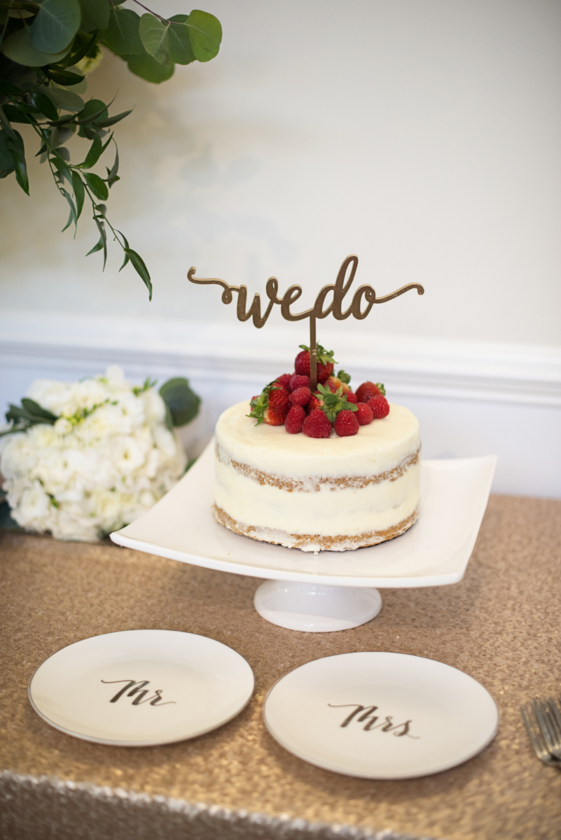 Albemarle Estate at Trump Winery Wedding | We Do Naked Wedding Cake