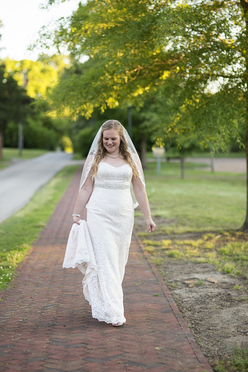 Historic Yorktown, Virginia Bridal Portraits | All lace wedding dress