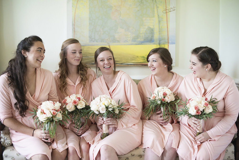 Plantation on Sunnybrook Roanoke Wedding | Bridesmaids in Blush Robes