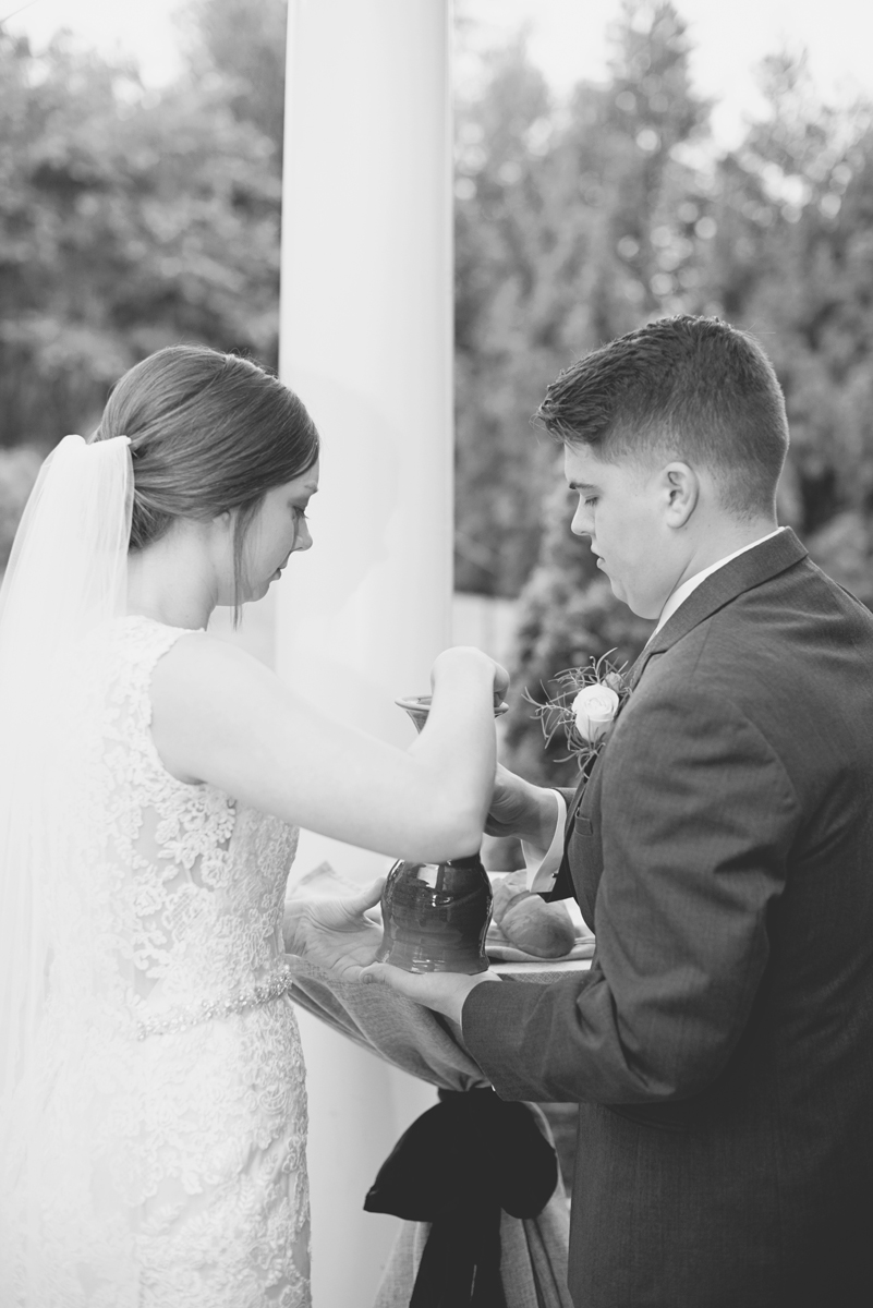Plantation on Sunnybrook Roanoke Wedding | Bride and Groom Communion Ceremony
