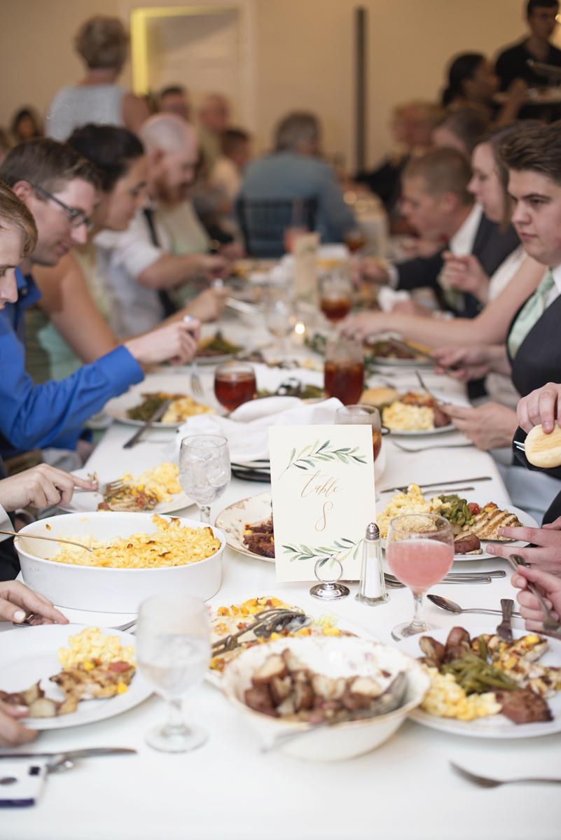 Plantation on Sunnybrook Roanoke Wedding | Family Style Reception Dining