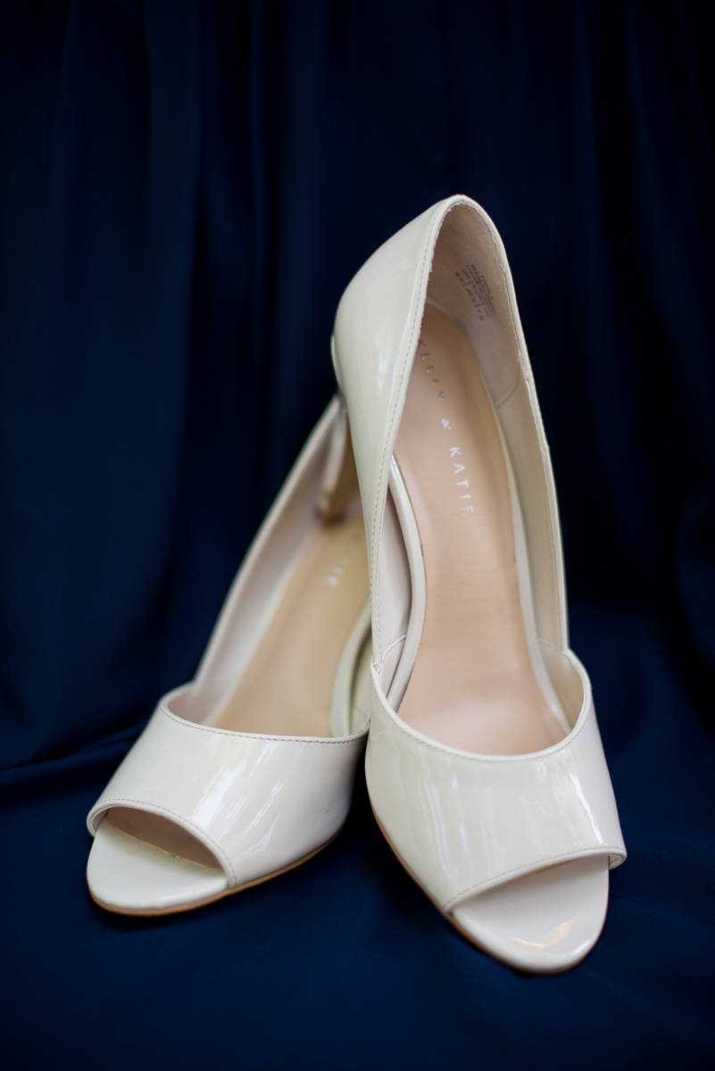 Navy Blue and Gray Summer Wedding in Virginia | Tan wedding shoes
