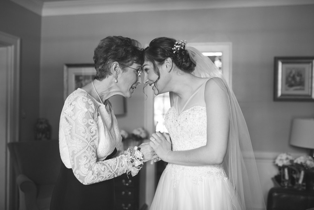 Emerald Green Classic Country Club Wedding | Bride and Mother