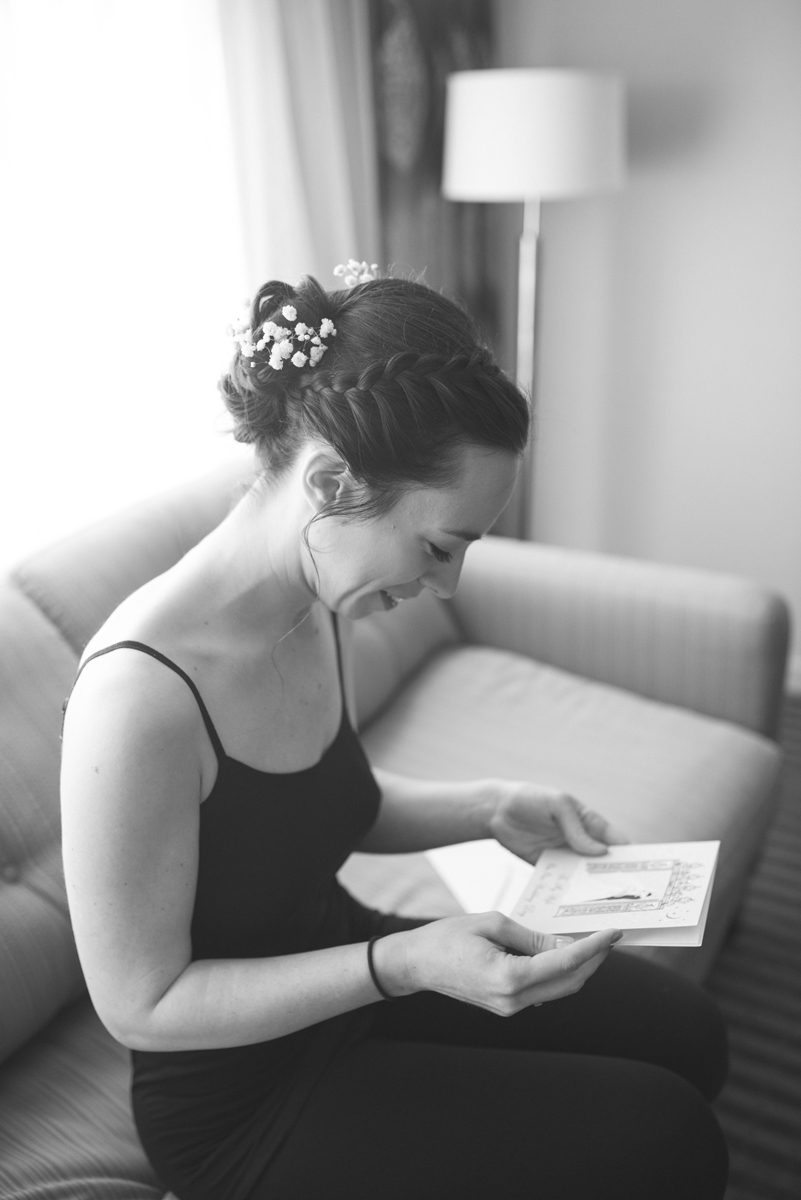 Lavender and Green Country Club Wedding | Bride reading a letter