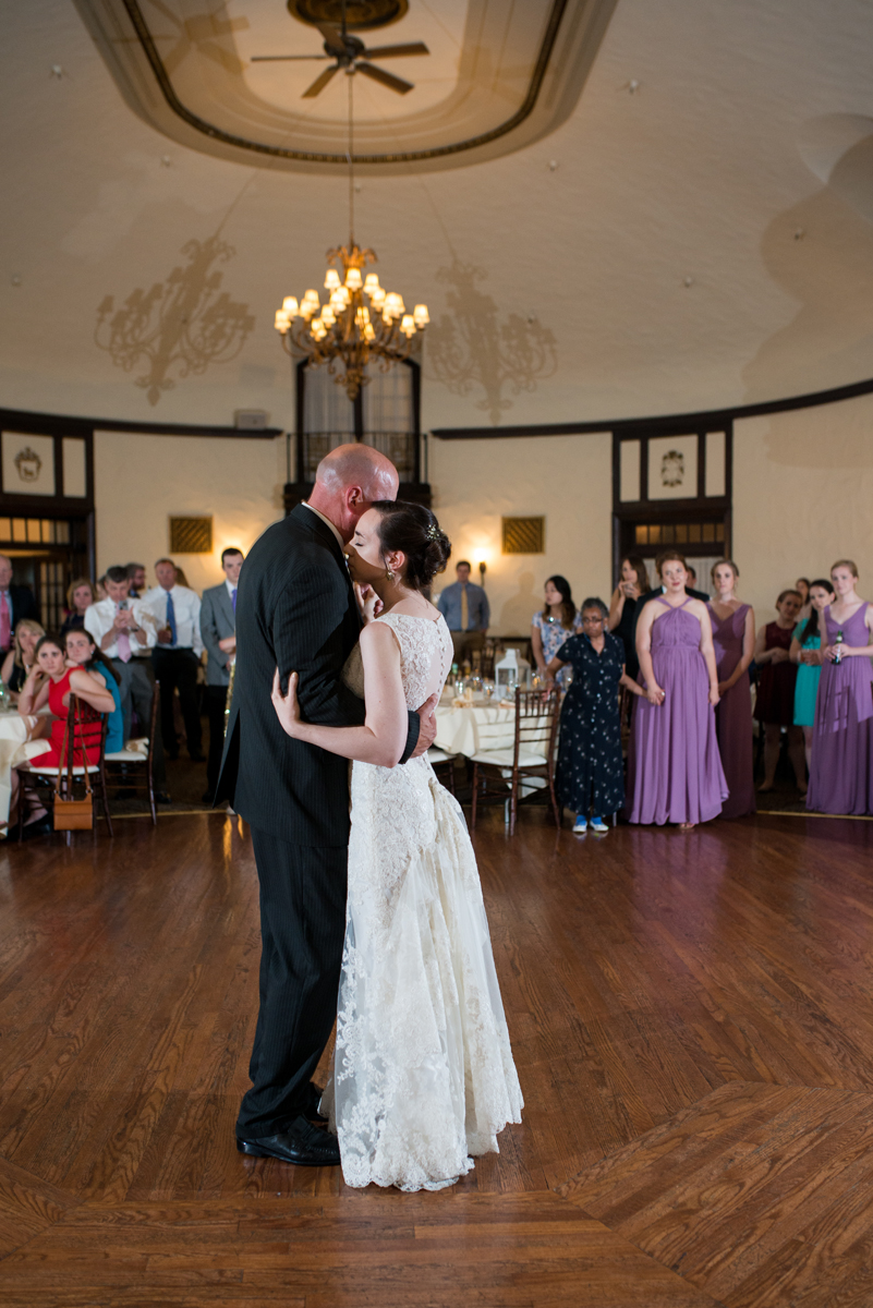 Lavender and Green Country Club Wedding | Father Daughter Dance
