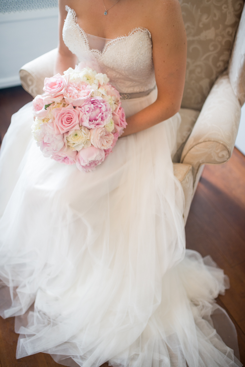 Elegant Navy and Blush Estate Wedding | Tulle Wedding Dress with Blush and White Bouquet