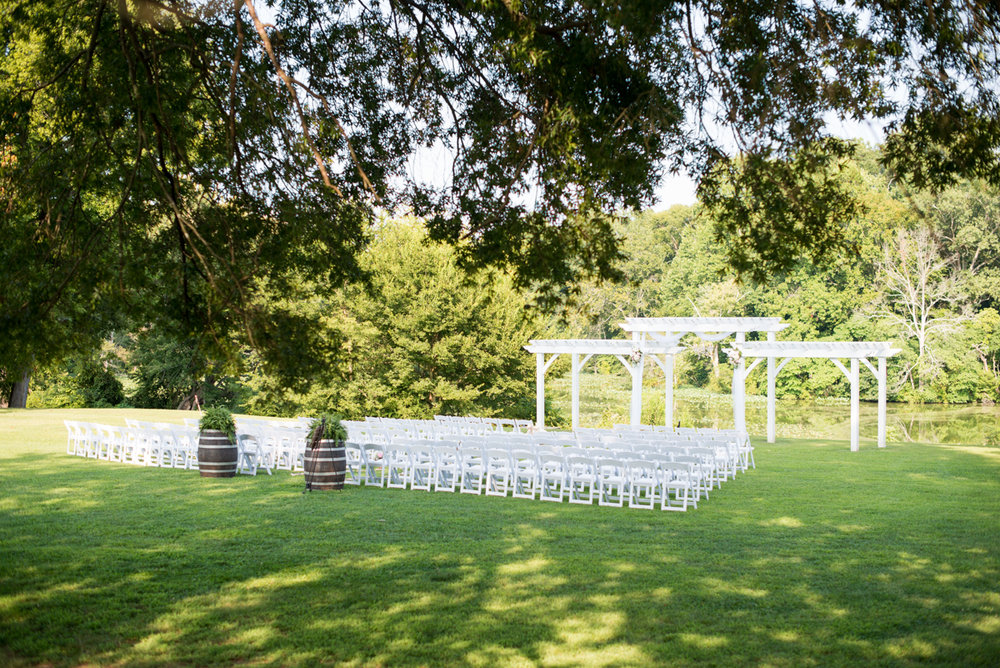 Elegant Navy and Blush Estate Wedding | Outdoor Wedding Ceremony